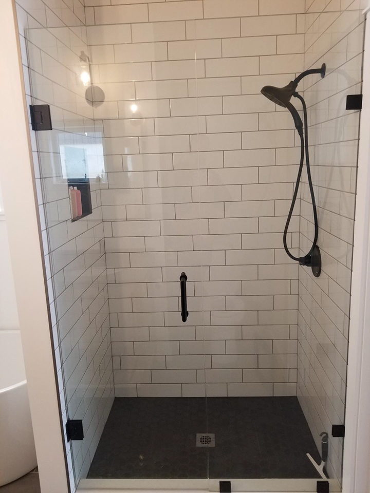 cornerGlassShower2-black